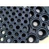 Коврики грязезащитные резиновые со сквозными отверстиями